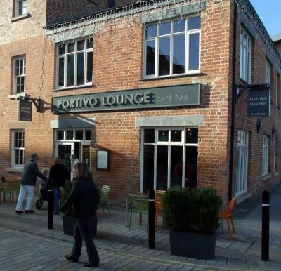 Portivo Lounge 02