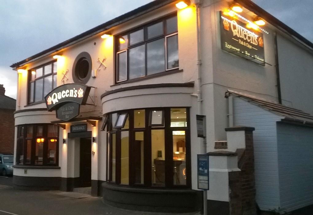 Queens Fish Bar Restaurant Gloucester