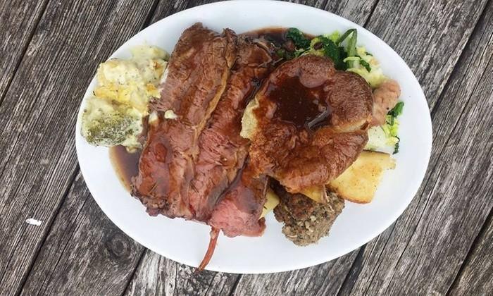 Bear inn Roast dinner